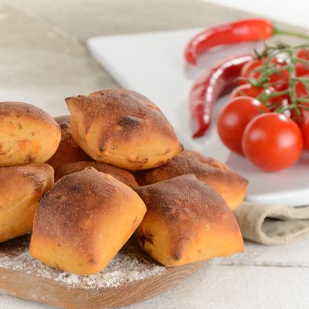 Mini-Brötchen Tomate